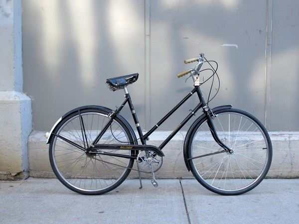 used vintage Raleigh Sports