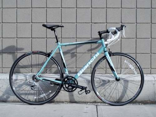 2013 Bianchi C2C Nirone 7 2300 road bike in Celeste