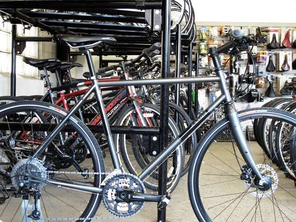 2013 Jamis Coda Comp Fitness hybrid commuter bicycle