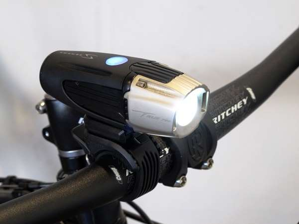Serfas USB rechargeable headlight true 750 lumen