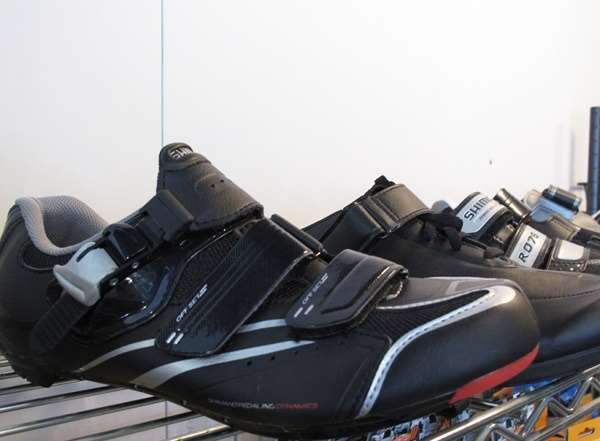 Shimano shoe sale road mountain cross