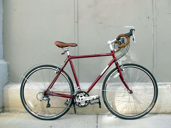 2011 Jamis Aurora touring bicycle