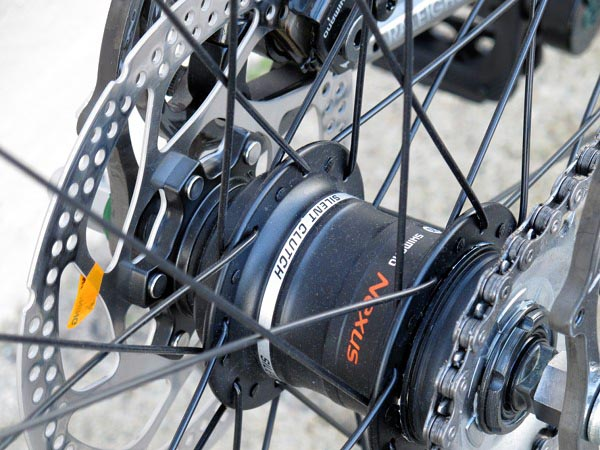 Shimano Nexus silent clutch 3-speed hub on 2013 Raleigh Tripper