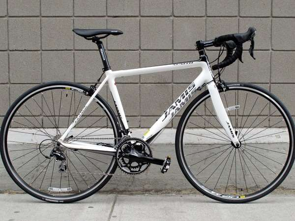 2013 Jamis Xenith comp carbon fiber road bike with shimano 105