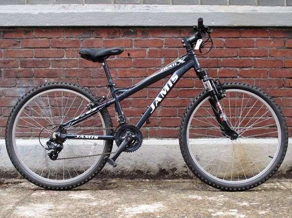 Used Jamis trail mountain bike