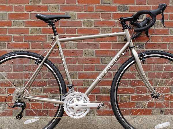 2014 Bianchi Lupo Shimano Sora commuter touring cyclocross