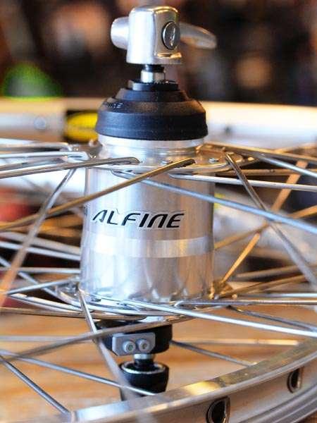 Shimano Alfine 11 speed dynamo wheelset Mavic rim